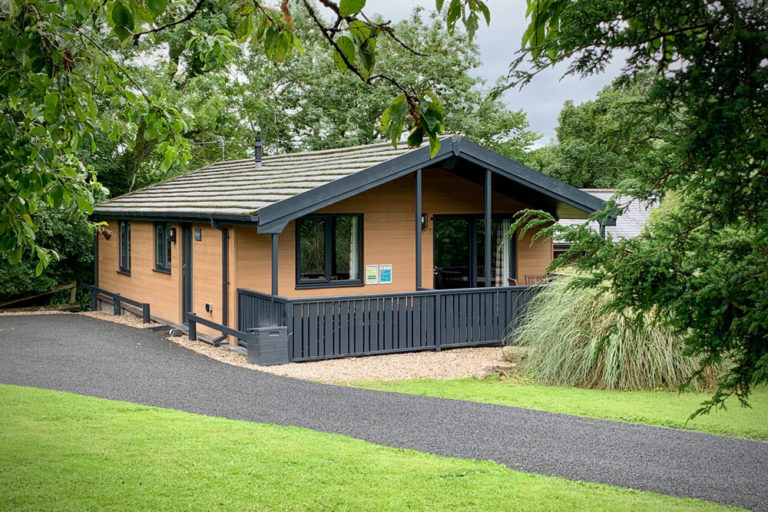 Flowery Dell Luxury Lodges